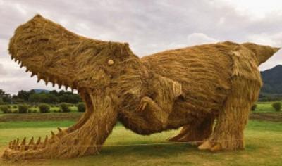 dinosaur-straw-sculptures